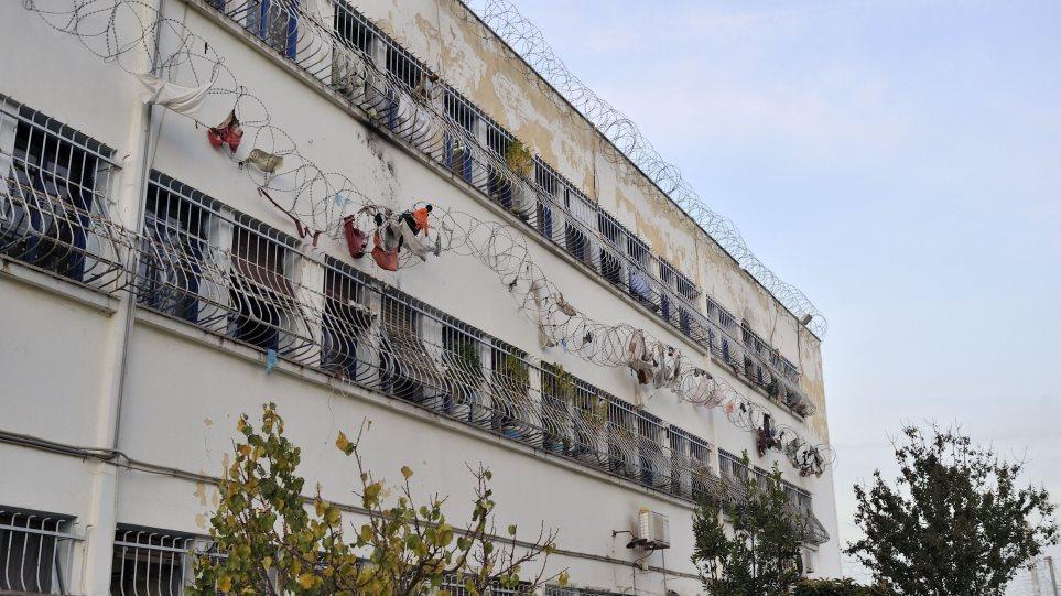 Άλλαξαν οι ποινές των δύο διευθυντών των φυλακών Κορυδαλλού για το πρωτοχρονιάτικο πάρτι του Ξηρού