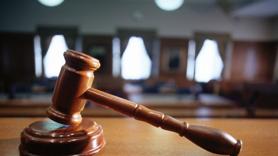 Δικαστική δικαίωση για 25  εργαζόμενους συμβασιούχους στην καθαριότητα   Δήμου