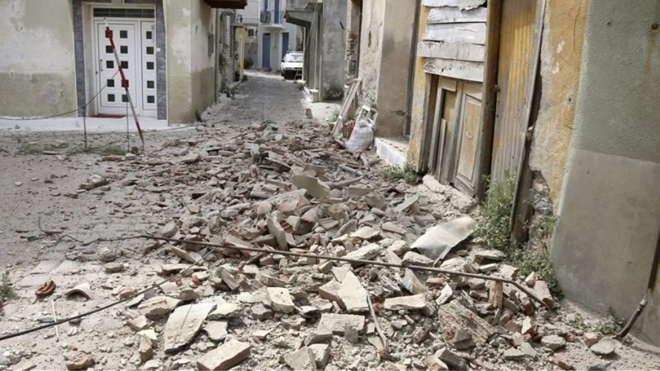 Στα 1.061 τα μη κατοικήσιμα κτίσματα στη Λέσβο μετά τον σεισμό