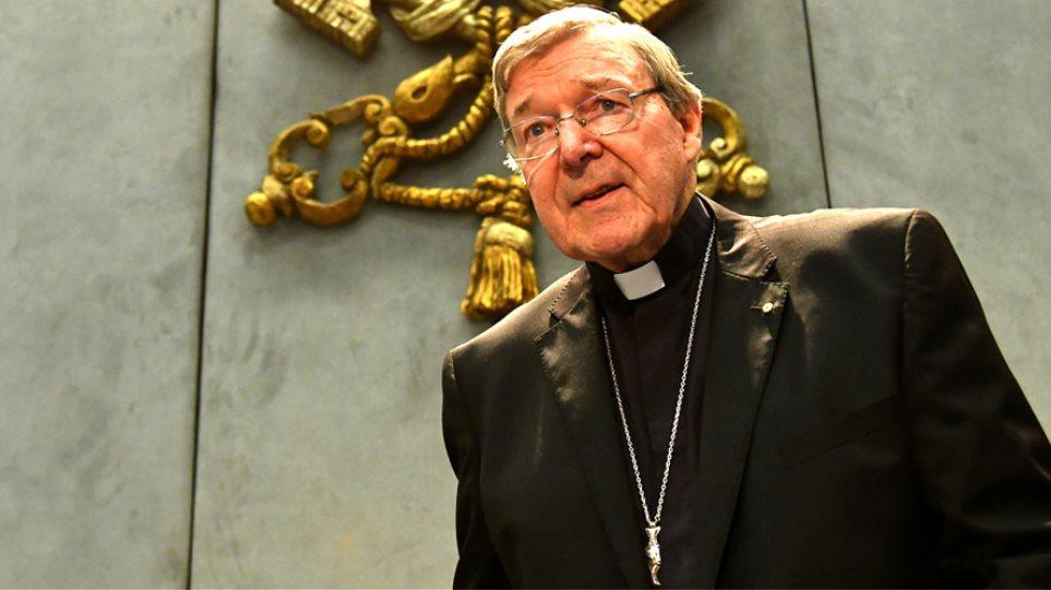 Σκάνδαλο μεγατόνων: Για βιασμούς κατά συρροή κατηγορείται το Νο3 του Βατικανού