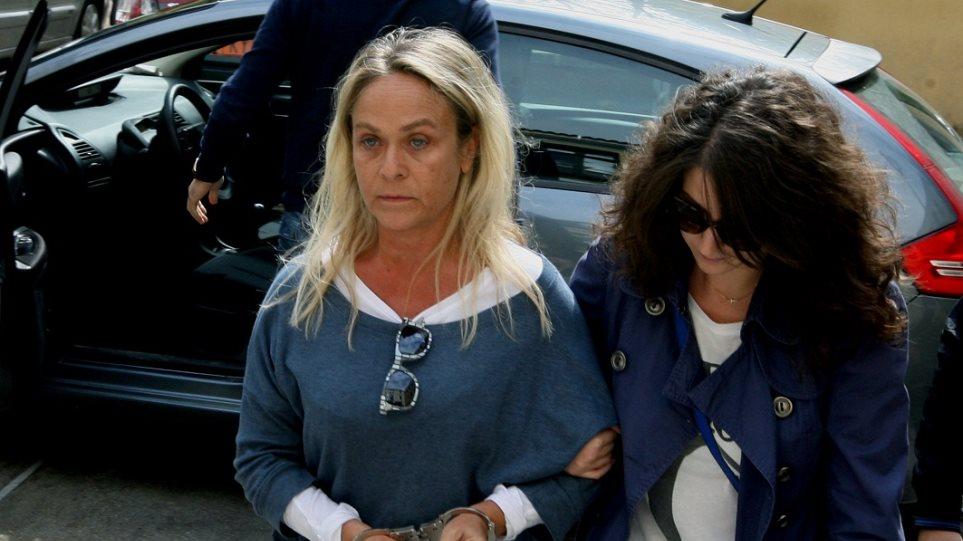 Καταδικάστηκε η Σκορδέλη της ΧΑ για επίθεση εις βάρος μετανάστη