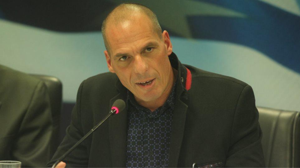 Βαρουφάκης: Ναι, παρουσίασα στο υπουργικό το παράλληλο σύστημα πληρωμών
