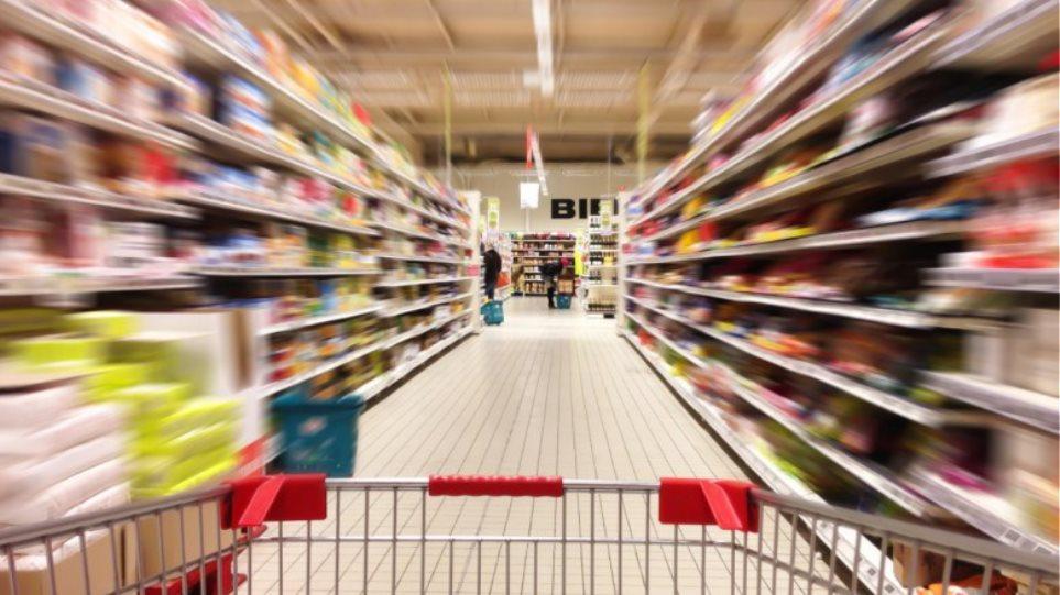 Οι Έλληνες έκοψαν και το φαγητό - Μείωση 27% στην ετήσια κατανάλωση τροφίμων