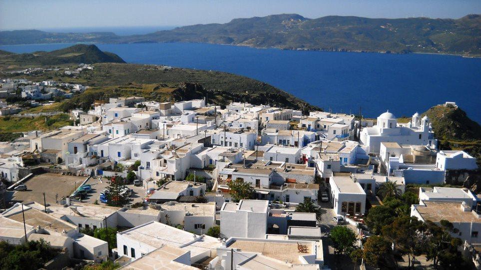 Μήλος: Σε κατάρρευση οι υποδομές στο μέσον της τουριστικής περιόδου