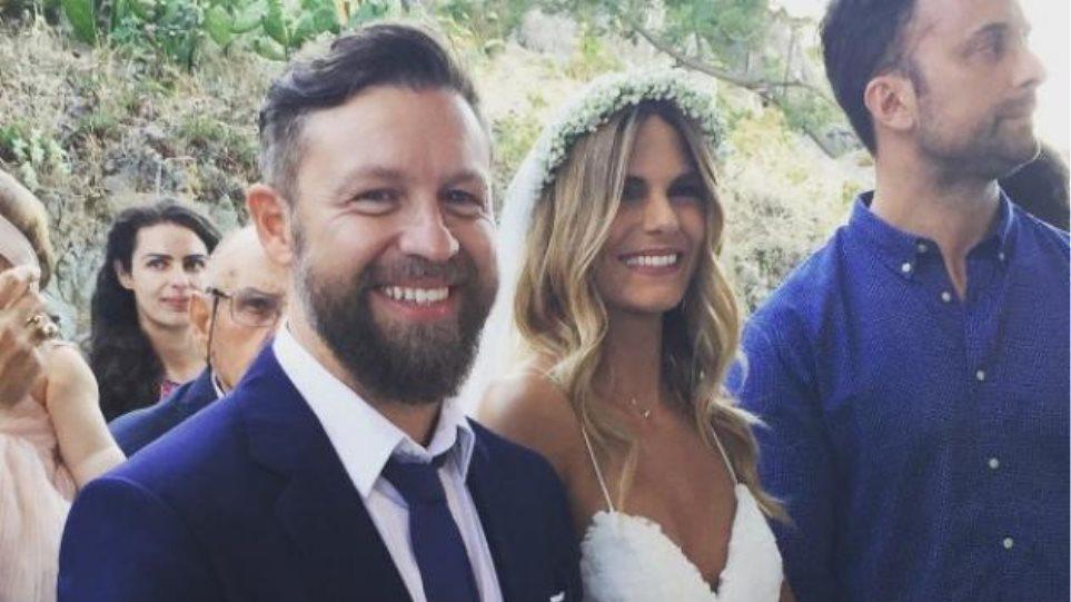Φωτογραφίες: Ο Γιάννης Βαρδής παντρεύτηκε τη Νατάσα Σκαφιδά στη Λήμνο