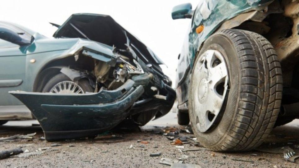 Ένας νεκρός από σύγκρουση αυτοκινήτων στα Χανιά