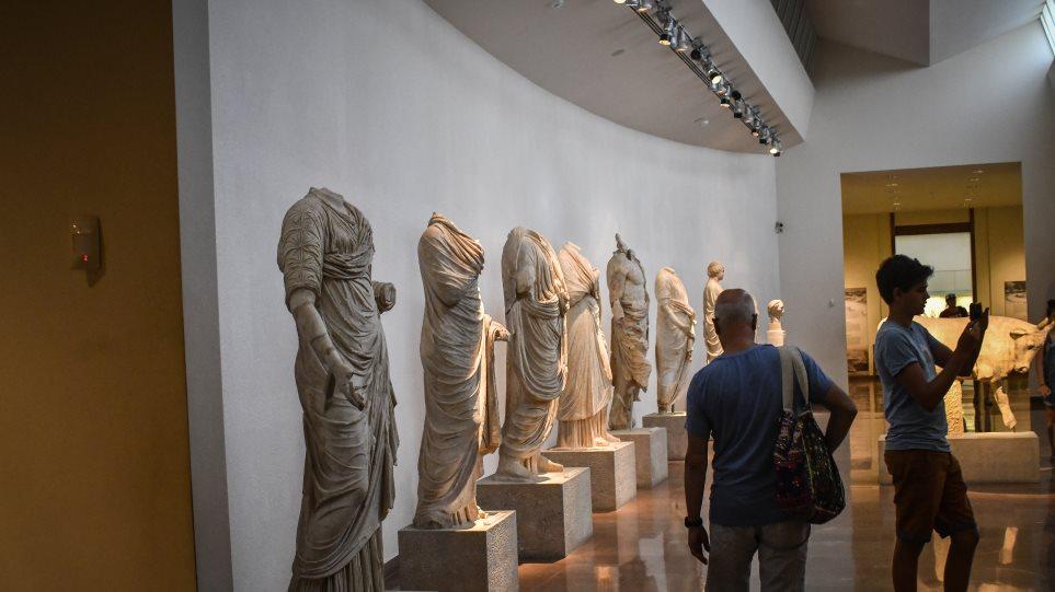 Μειώνεται το ωράριο λειτουργίας για αρχαιολογικούς χώρους και μουσεία