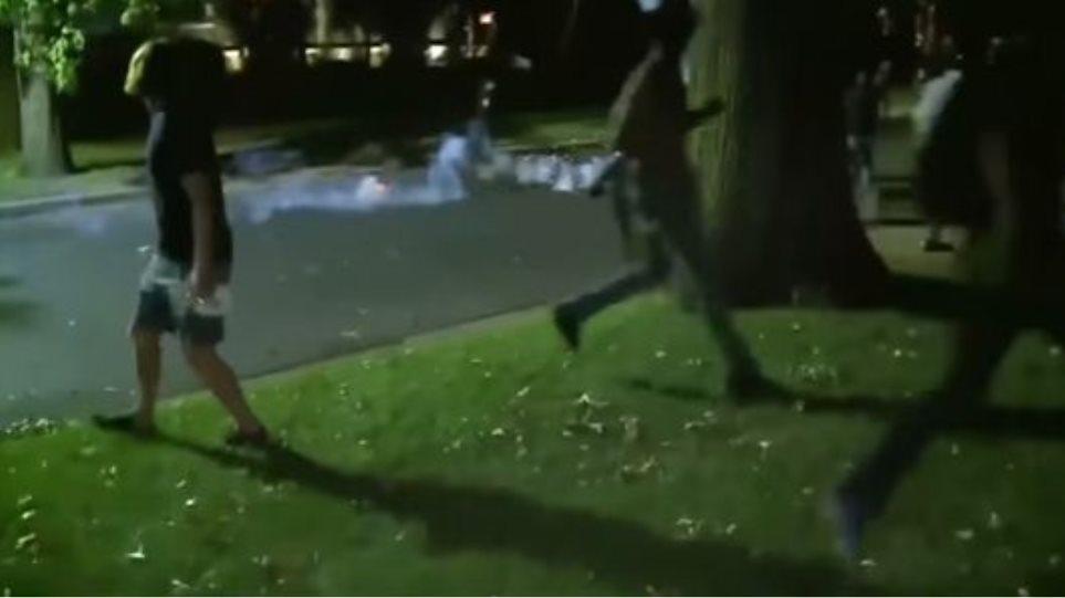 Τρίτη νύχτα επεισοδίων στο Σεντ Λούις, μετά την αθώωση αστυνομικού για το θάνατο πολίτη