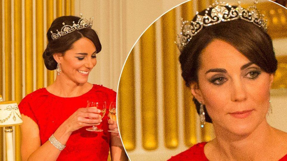 Η «χρυσή» Κέιτ Μίντλετον: Τα κοσμήματα της μελλοντικής βασίλισσας της Αγγλίας αξίζουν πάνω από 600.000€!