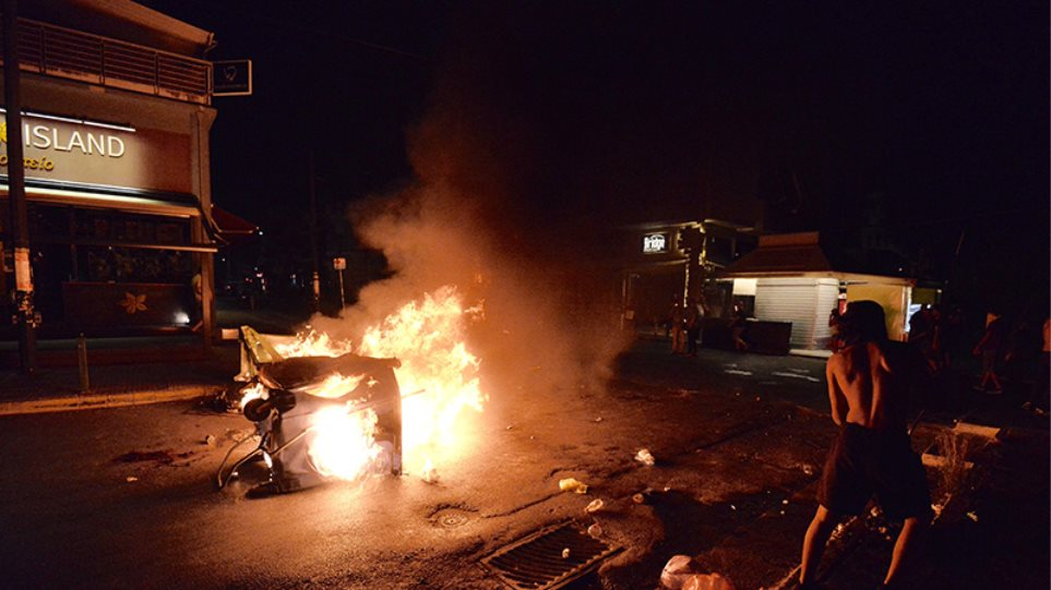 Επεισόδια και τραυματίες μετά τις πορείες στη μνήμη του Φύσσα - Ελεύθεροι οι 7 προσαχθέντες