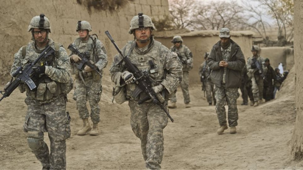 Υπουργός Άμυνας ΗΠΑ: Στέλνουμε πάνω από 3.000 επιπλέον στρατιώτες στο Αφγανιστάν