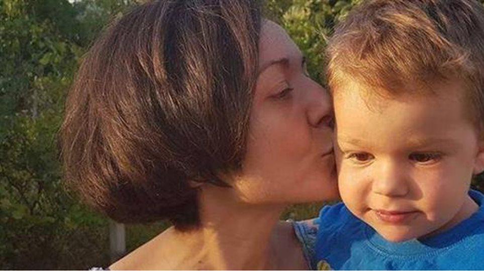 Ο μικρός Νέστορας που συγκλόνισε την Ελλάδα επιστρέφει από τη Βοστώνη