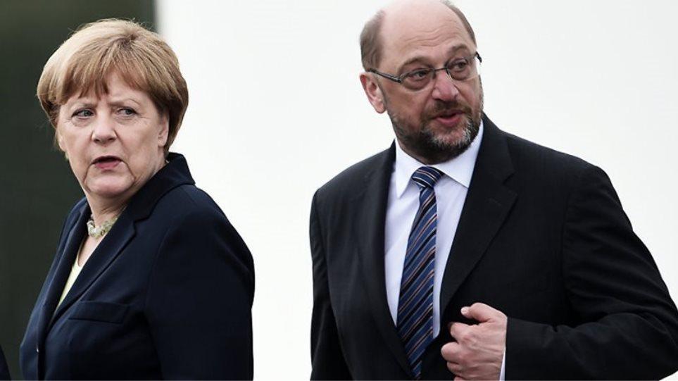 Deutsche Welle: Η Μέρκελ προτιμά ως εταίρους τους Σοσιαλδημοκράτες και όχι τους Φιλελεύθερους