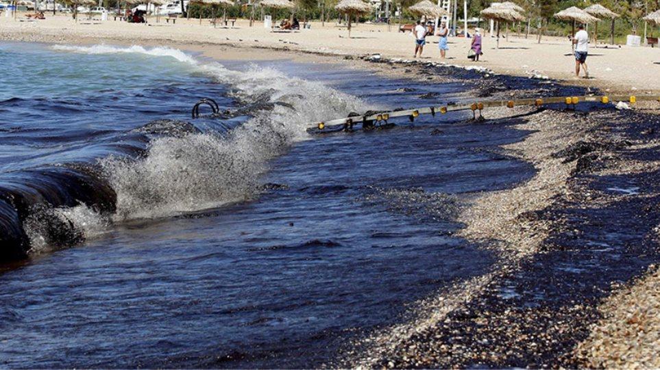 Θρίλερ: Στα διπύθμενα του «Lassea» βρήκαν κρυμμένα τα λαθραία καύσιμα