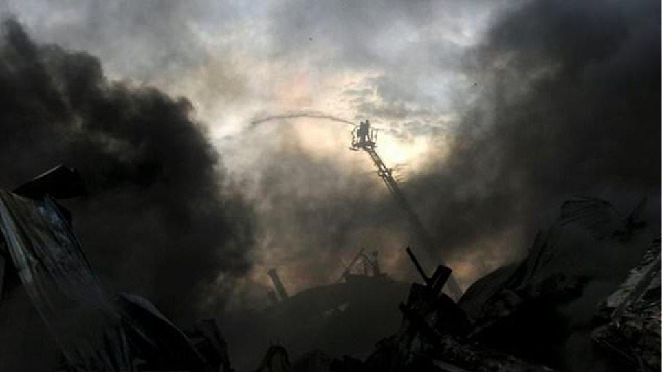 Έξι νεκροί από πυρκαγιά σε εργοστάσιο ρούχων στο Μπανγκλαντές