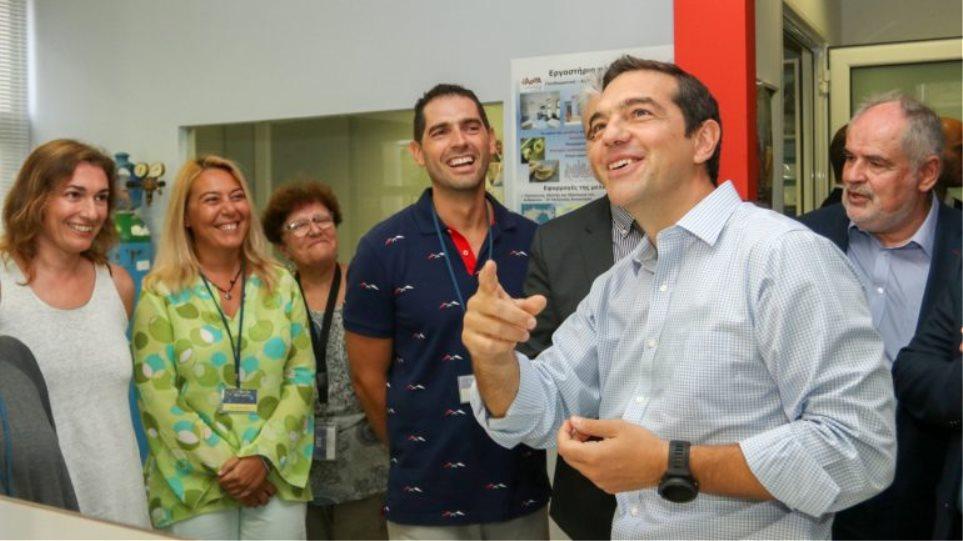 Ο Τσίπρας με το μισό υπουργικό συμβούλιο -πλην Κουρουμπλή- στην Κρήτη