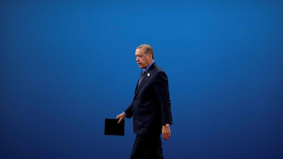 Πώς μία απαγωγή που έγινε πριν από 25 χρόνια απειλεί να καταστρέψει τον Ερντογάν