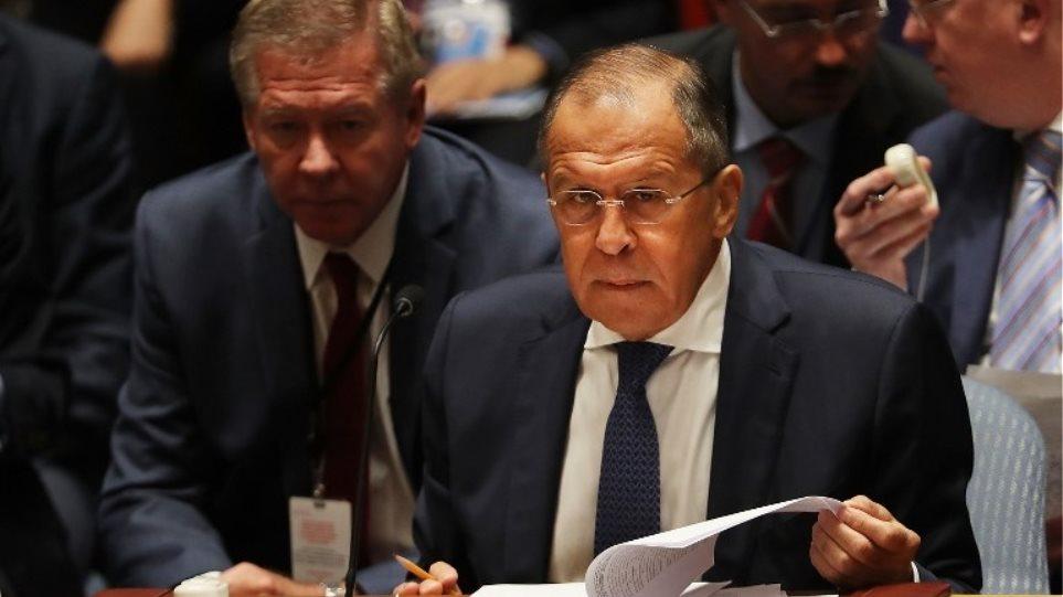 Λαβρόφ: Συνεχίζουμε να υποστηρίζουμε τη συμφωνία για το πυρηνικό πρόγραμμα του Ιράν