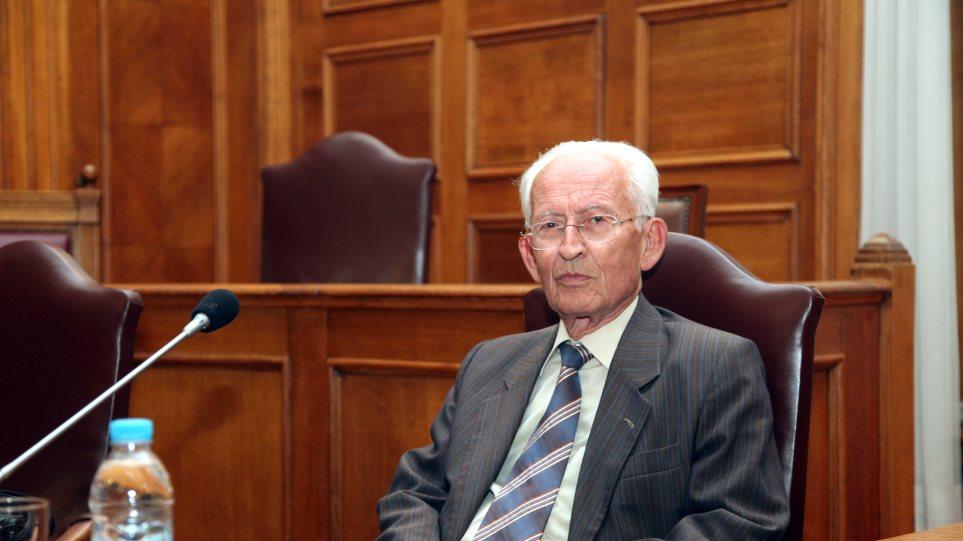 Πέθανε ο πρώην βουλευτής της ΝΔ Κωσταντίνος Σημαιοφορίδης