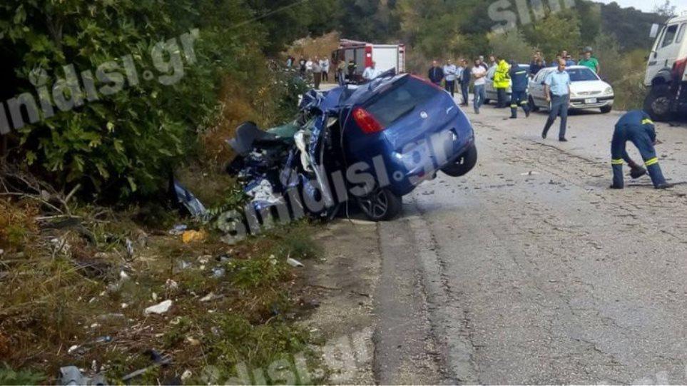Τραγικό τροχαίο με δύο νεκρούς σμηνίτες στα Παλιάμπελα Βόνιτσας
