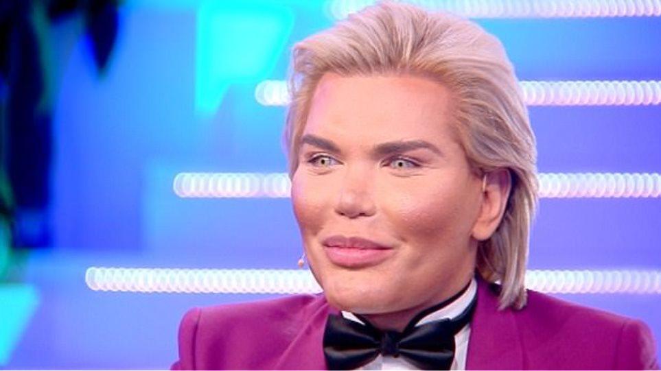 Συνελήφθη στο Ντουμπάι ο άντρας που έκανε 42 πλαστικές για να μοιάσει στον «Κεν» της «Μπάρμπι»!