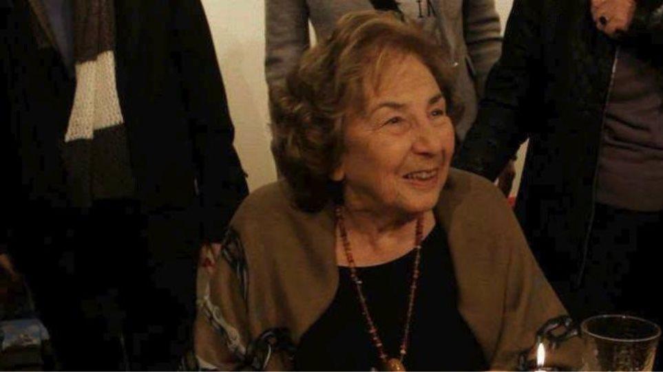 «Πόσο θα ζήσεις ακόμα, γιαγιά;»: Συζήτηση για το νέο βιβλίο της Άλκης Ζέη
