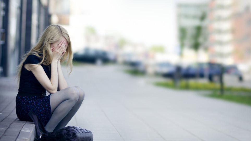 Εφηβοι των οποίων οι πατέρες έχουν κατάθλιψη, είναι πιθανό να την εμφανίσουν και οι ίδιοι