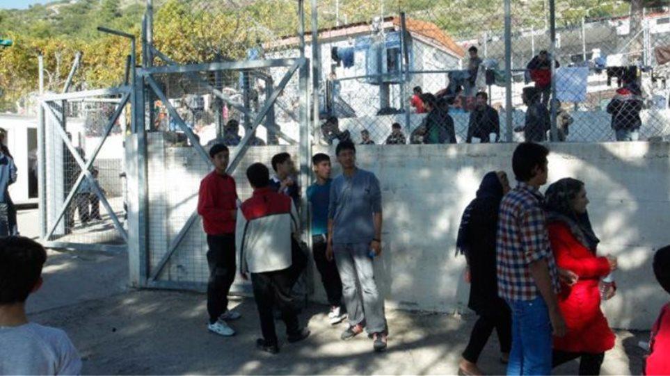 Συγκέντρωση διαμαρτυρίας για το Προσφυγικό στην Αθήνα διοργανώνει ο Δήμαρχος Λέσβου