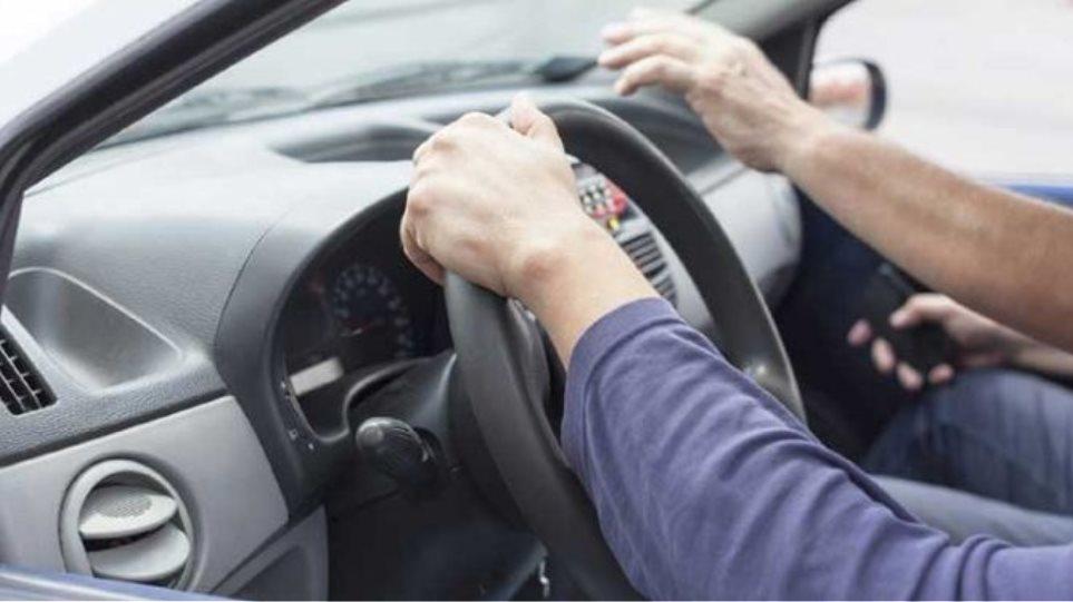 Πρώην εκπαιδευτής δίδασκε παράνομα οδήγηση στα Χανιά