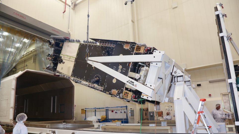 Ολοκληρώθηκε η κατασκευή του Hellas-Sat 4: Θα εκτοξευτεί το καλοκαίρι του 2018