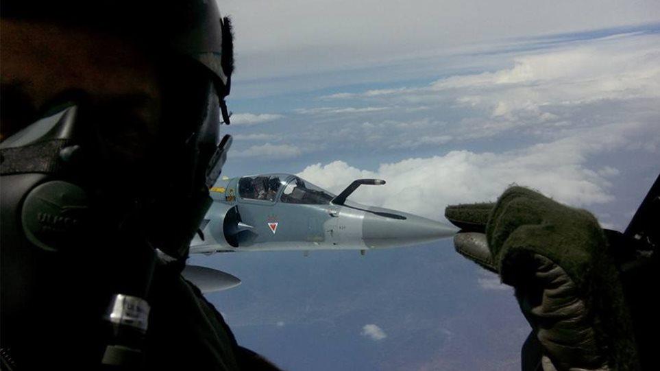 Σκύρος: Σε βάθος 800 μέτρων εντοπίστηκε ο καταγραφέας πτήσης του Mirage
