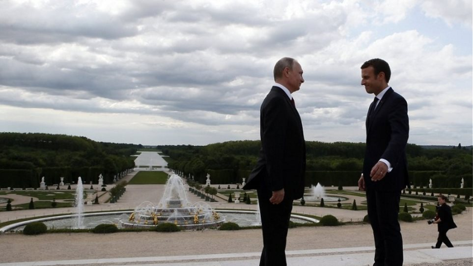 «Ναι» στην εφαρμογή της συμφωνίας για το πυρηνικό πρόγραμμα του Ιράν από Πούτιν και Μακρόν