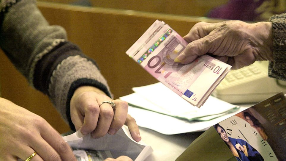 Οι τράπεζες εξετάζουν το «σπάσιμο» των «κόκκινων» δανείων