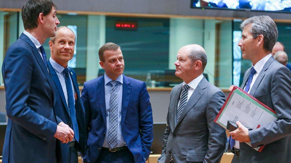 eurogroup_moscovici_arthro