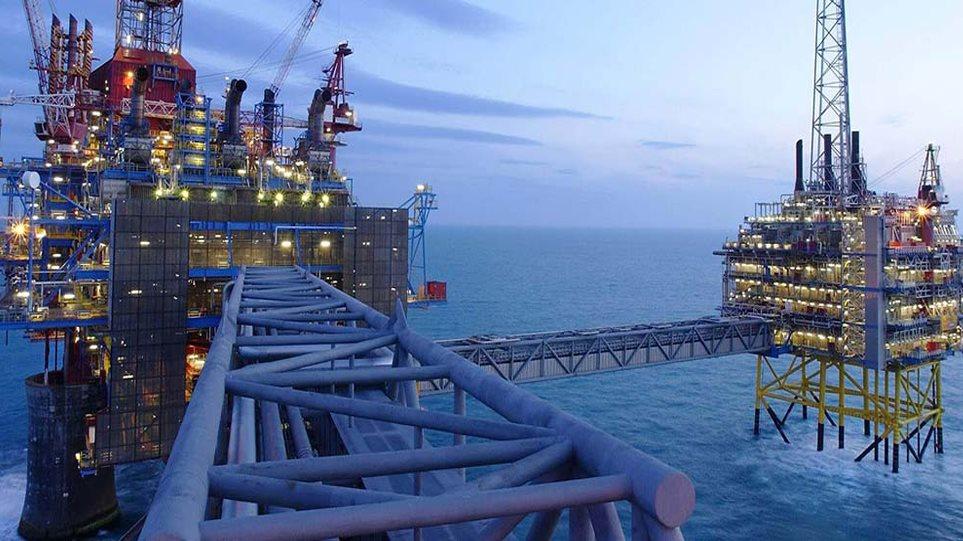 Στην κοινοπραξία ΕΛΠΕ-Total-Exxon Mobil οι παραχωρήσεις για υδρογονάνθρακες δυτικά και νοτιοδυτικά της Κρήτης