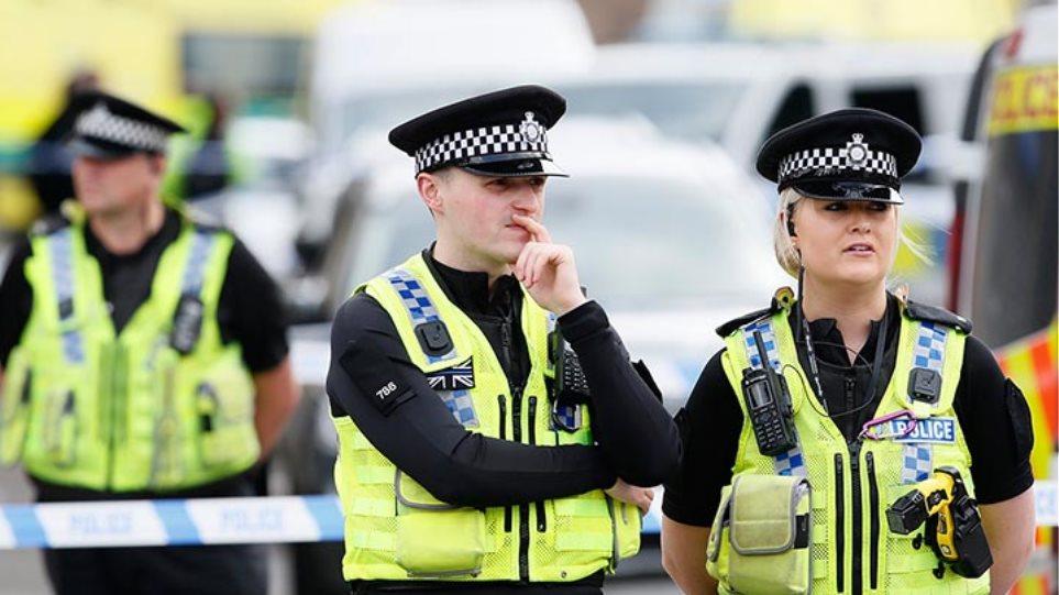 Ηνωμένο Βασιλείο: Σε κρίσιμη κατάσταση δύο άτομα μετά την έκθεσή τους σε «άγνωστη ουσία»