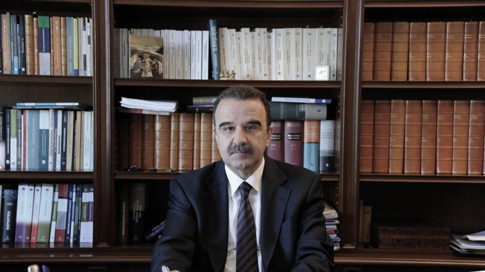 lawyer_mantzouranis