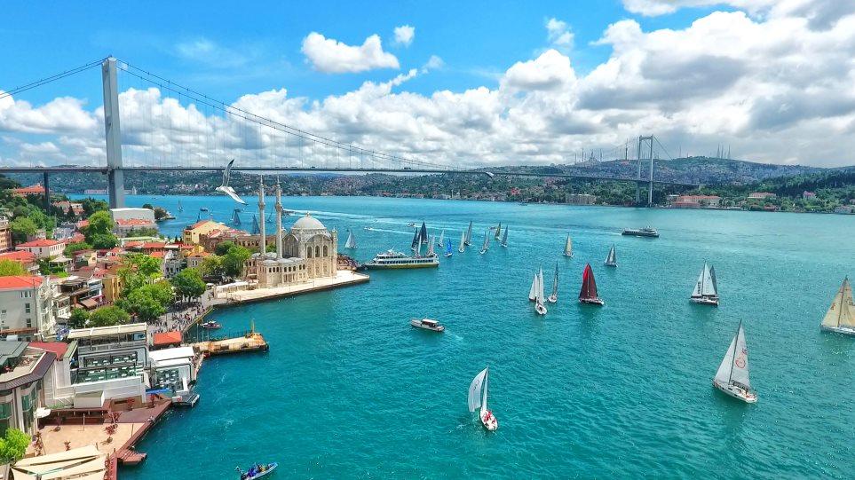 Istanbul_Bosphorus_Bridge