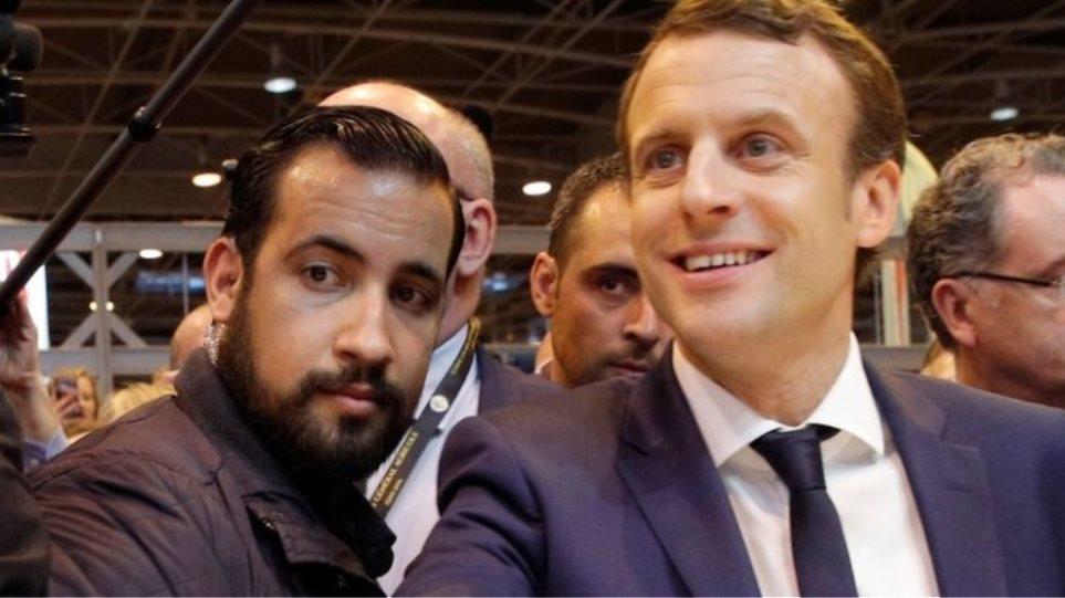 Γαλλία: Ο Μπεναλά παραδέχεται ότι έκανε «ένα λάθος» χτυπώντας τον διαδηλωτή