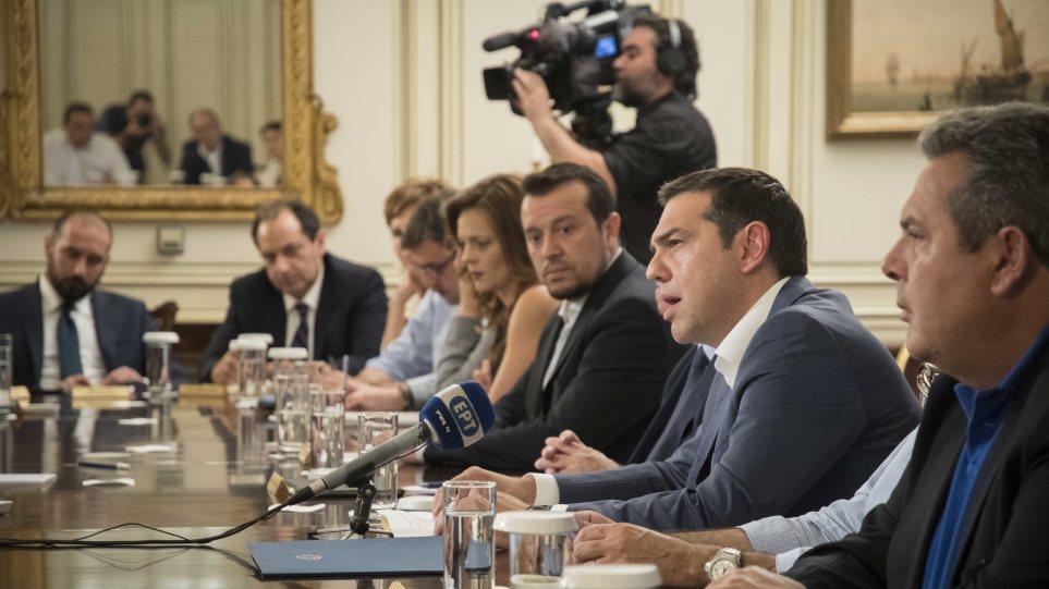 Δημήτρης Τσάτσος: Η ομολογία πολιτικής ευθύνης συνεπάγεται πτώση της κυβέρνησης!