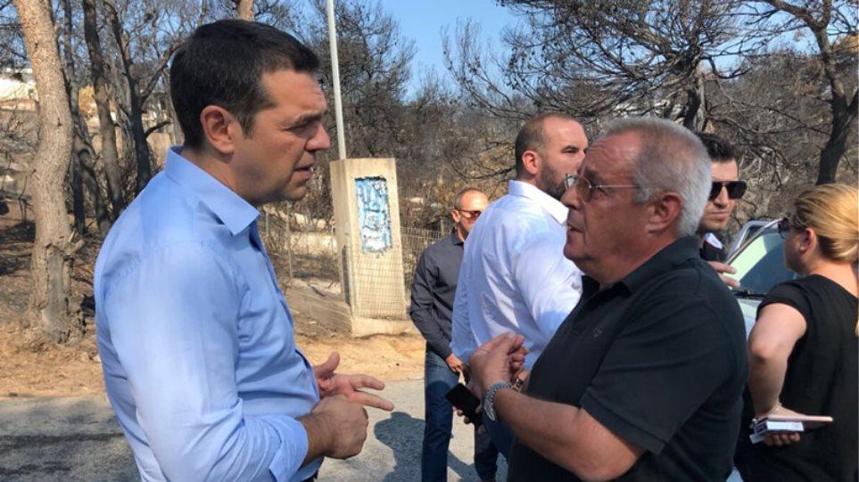 Αποτέλεσμα εικόνας για Διευθυντής του πρώην υπουργού Γιάννη Παπαθανασίου, ο πολίτης που συνάντησε ο Τσίπρας στο Μάτι