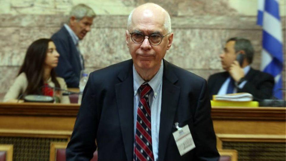 Εκπρόσωπος Ελλάδας στο ΔΝΤ: Εμμονή με τον κατώτατο μισθό και τις συλλογικές συμβάσεις