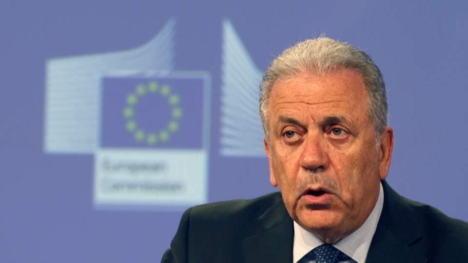 Αβραμόπουλος για Μάτι: Πρέπει να γίνουν μεγάλες προσπάθειες ώστε να συγκροτηθεί ένας μηχανισμός πολιτικής προστασίας