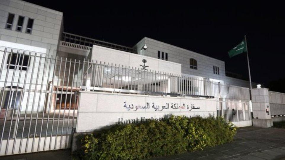 Ο Καναδάς διώχνει ακόμη και τους Σαουδάραβες γιατρούς από τη χώρα