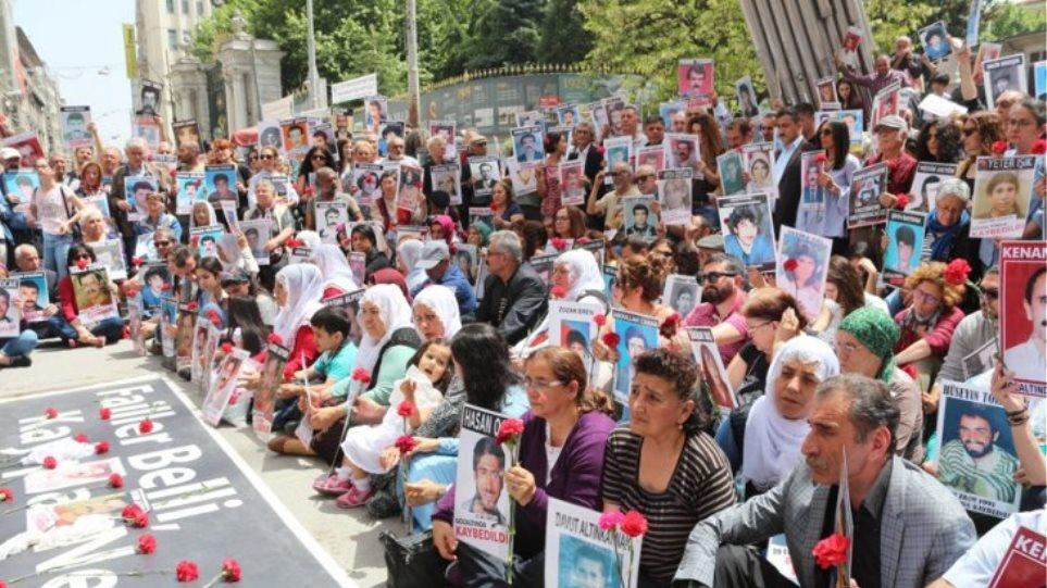 Ο Ερντογάν έστειλε αστυνομία να διαλύσει τις «Μητέρες του Σαββάτου»