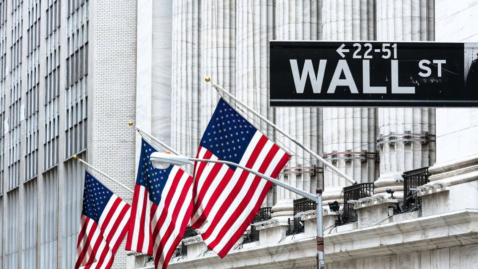 Dow-on-record-high-Wall-
