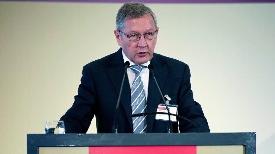 Ρέγκλινγκ: Θα παγώσουμε τα μέτρα για το χρέος, εάν δεν τηρηθούν τα συμφωνηθέντα
