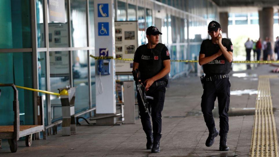 Τουρκία: Εκατοντάδες συλλήψεις διαμαρτυρόμενων εργαζομένων