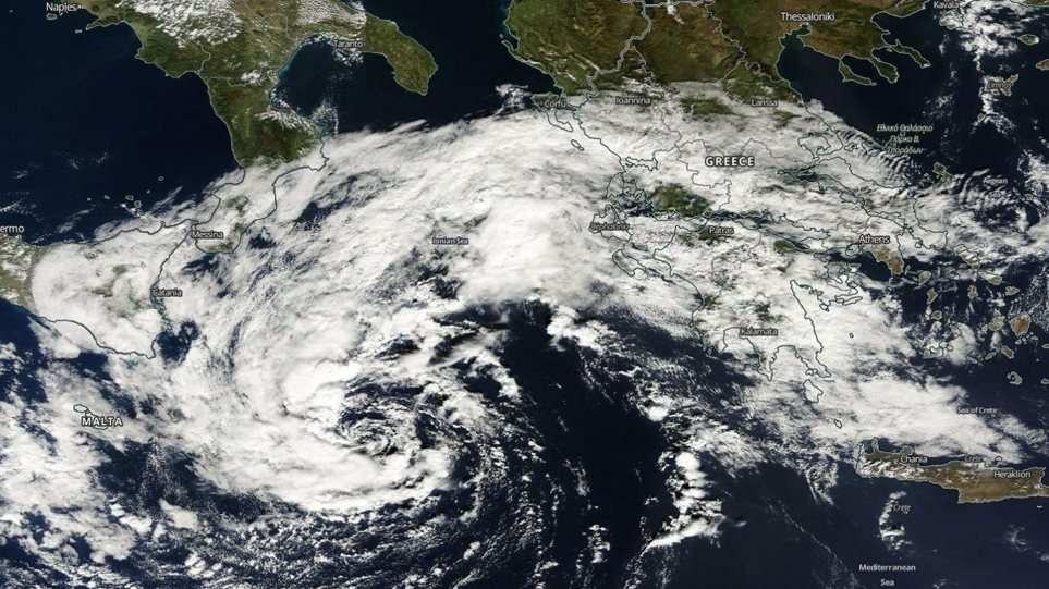 cyclone_main01