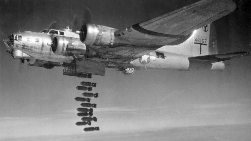 B17-flying-fortress-bomber